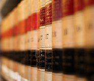 Neked hány Törvénykönyved van?
